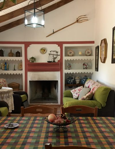 casa-rural-el-naranjo-antequera-salon-comedor (2)